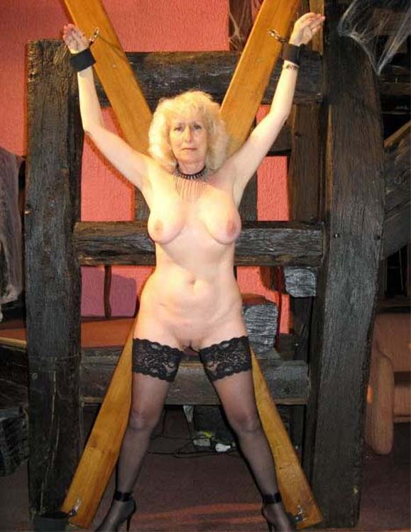 Vieille femme qui font porno